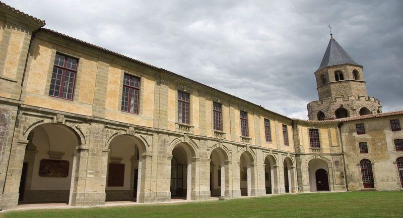 Abbaye de Sorèze dans le Tarn
