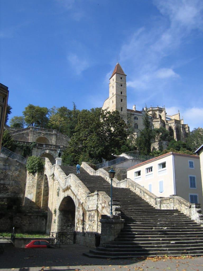 Escalier monumental de Auch