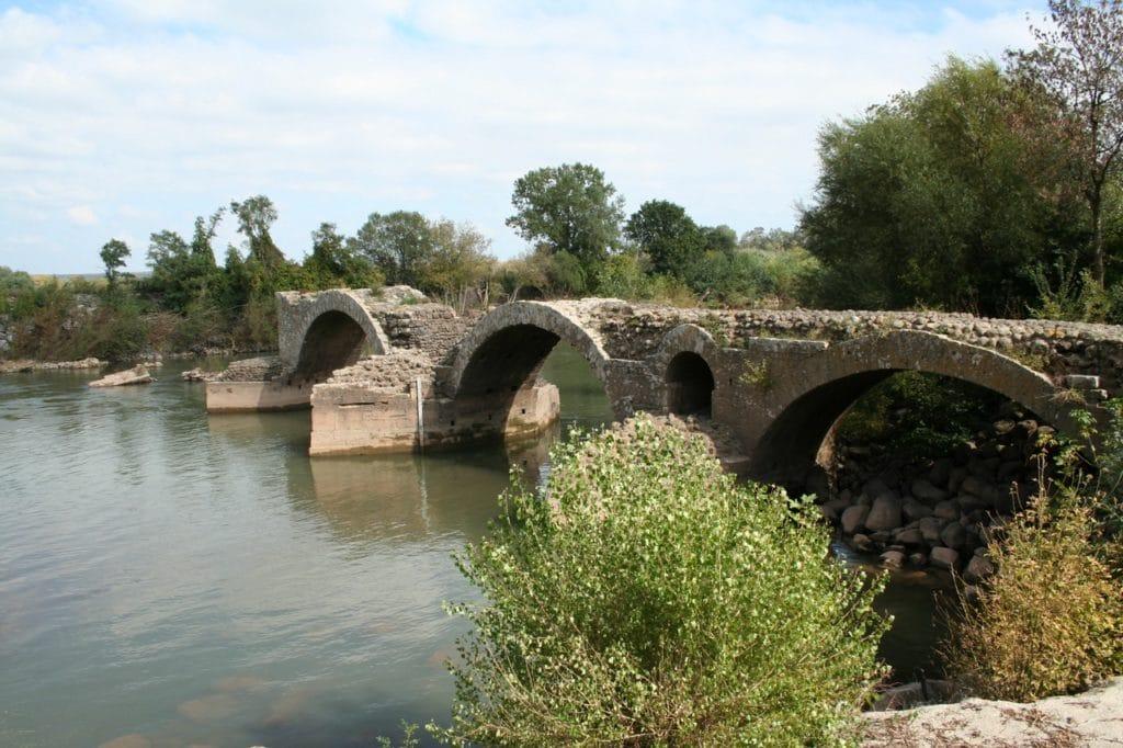 voie domitienne à Saint-Thibéry