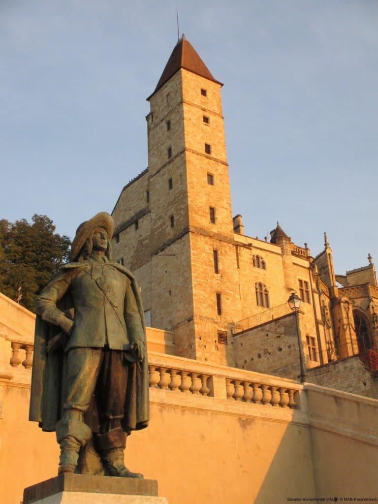 Statue d'Artagnan à Auch