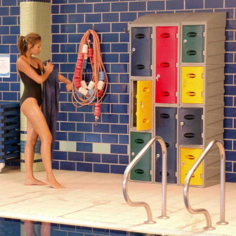 casiers piscine